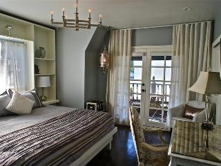 The Hollywood Whitley Retreat - Hollywood vacation rentals