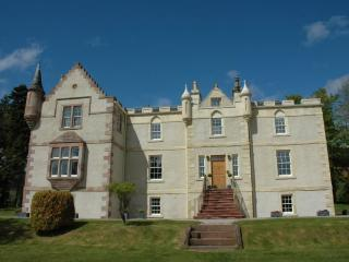 Assynt House Luxury Holiday House 7 en-suite rooms - Ross and Cromarty vacation rentals