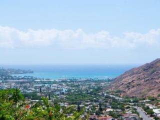 Brand New Ocean and Mountain View Cottage - Hawaii Kai vacation rentals