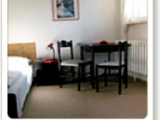 Double Room in Halle an der Saale - quiet, comfortable (# 1948) - Halle vacation rentals