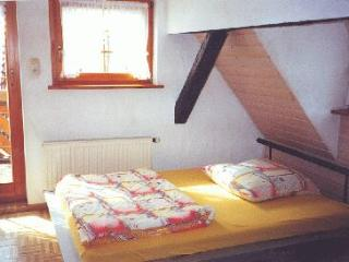 Single Room in Hechingen - nice, clean, affordable (# 1332) - Germany vacation rentals