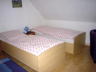 Double Room in Troisdorf - very friendly, affordable, central (# 2061) - Troisdorf vacation rentals