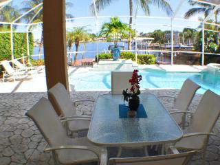 Villa Aruba - Modern, Eight Lakes, FABULOUS!! - Cape Coral vacation rentals
