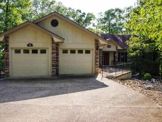 4AvenTr *** Magellan Golf Course Home|Sleeps 6 - Arkansas vacation rentals