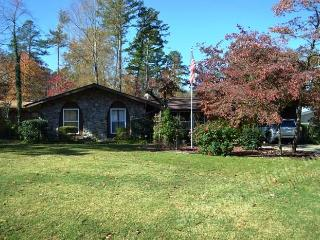 37SonoWy DeSoto golf Area | Home | Sleeps 6 - Hot Springs Village vacation rentals