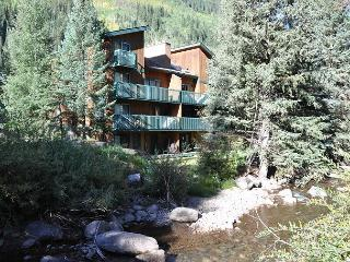 Timber Falls 405 - 3 bedroom condo in East Vail - Vail vacation rentals