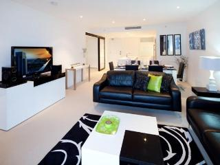 Oracle Luxury Apartment Broadbeach - Surfers Paradise vacation rentals