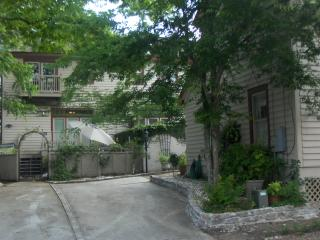 Luxurious 6 BR Estate in heart of historic downtwn - Savannah vacation rentals