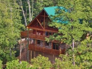 Luxury Living at Shaconage Lodge - Sevierville vacation rentals