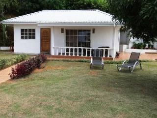 Au Cap Self-Catering Guest House - Mahe Island vacation rentals
