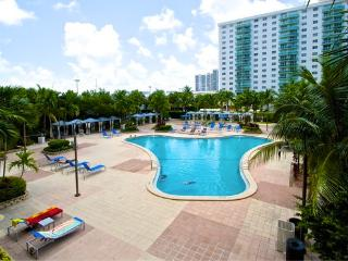 O. Reserve - Standard (1BR 1BA)  Just steps away from the Beach! - Miami Beach vacation rentals