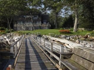 SPRUCE POINT ESTATE | KAYAKING, BOATING, BIKING AND MORE! | SUNNY & BEAUTIFUL | ACTIVE & SERENE | OCEAN-FRONT - East Boothbay vacation rentals