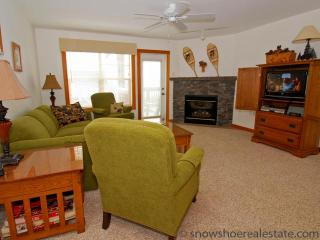 Camp 4 Unit 2: Snowshoe 2 Bedroom 2 Bathroom Condo - Snowshoe vacation rentals