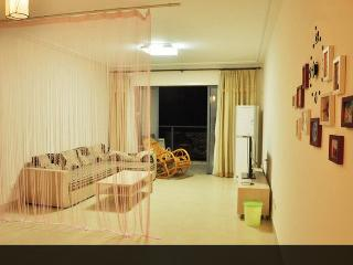 2 BR apt, roof pool, near city #017921A - Hong Kong vacation rentals