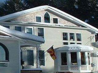 Turtle Hill Home in Bangor/Acadia Maine - Bangor vacation rentals