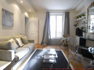 Charming 1 BR & 1 BA Condo in Paris (#16385 - Apartment rue Lauriston 75016 Paris-) - Paris vacation rentals