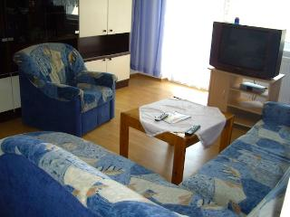 Vacation Apartment in Gochsheim - spacious, quiet, clean (# 2051) - Gochscheim vacation rentals