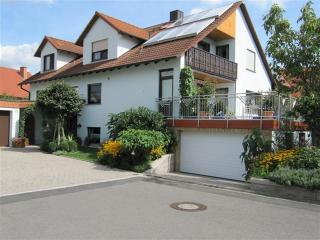 Vacation Apartment in Zapfendorf - 538 sqft, relaxed feel, beautiful backyard (# 1129) - Zapfendorf vacation rentals