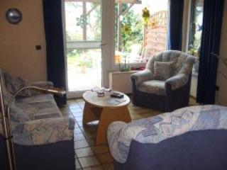 Vacation Apartment in Bedburg-Hau - 538 sqft, beautiful backyard (# 597) - North Rhine-Westphalia vacation rentals