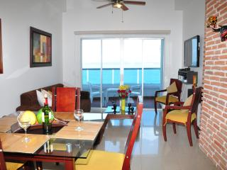 Beautiful Rental Apartment in Cartagena, Colombia - Bolivar Department vacation rentals