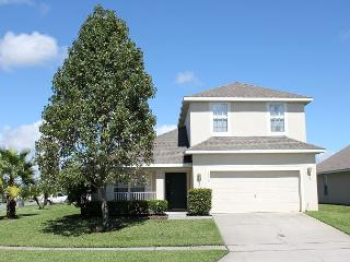 Very spacious vacation home with private pool, gated community, free Wi-Fi - Kissimmee vacation rentals