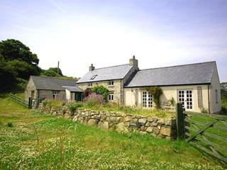 Idilic holiday home, Church Cottage, pembrokeshrie - Pembrokeshire vacation rentals