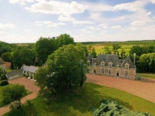 Chateau Diane Castle rentals in the Loire Valley, chateau to let in Loire, French chateau to let, chateau for wedding in France - Limousin vacation rentals