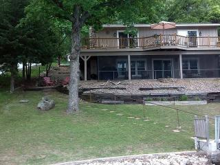 Sunset Cove - Quaint Lake Home, Great Lake Views, No Wake Cove. 36 MM Osage Arm. - Lake of the Ozarks vacation rentals