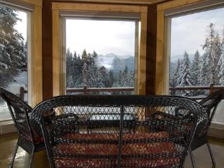 Private Sun Suite in the Canadian Rocky Mountains - Golden vacation rentals