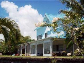 5 bedroom villa on the beach near Ile aux cerfs - Image 1 - Trou d'eau Douce - rentals