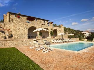 Villa Gosparini, magnificent hilltop villa with an unique view of the lake. - Tuscany vacation rentals