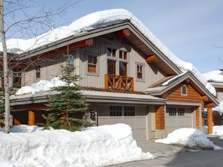Taluswood The Heights 17 | Whistler Platinum | Ski-in - Whistler vacation rentals