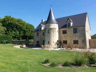 D Day Tours Chambre de Hote - Picauville vacation rentals