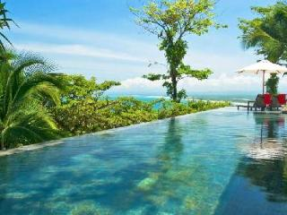 Magnificent, hilltop Casa Paraiso with full staff, infinity pool & private balcony off every room - Puntarenas vacation rentals