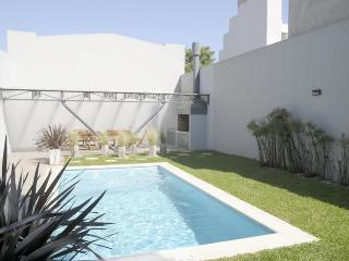 Sleek 1 Bedroom Apartment in Palermo Hollywood - Buenos Aires vacation rentals
