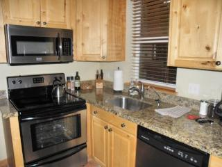 Daly 200 #1- 3 Bedroom, Close to Historic Main Street - Utah Ski Country vacation rentals