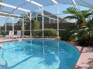 Spacious vacation home with private pool, close to Disney and free Wi-Fi. - Kissimmee vacation rentals