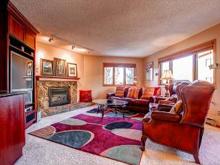 Woods Manor Remodeled Large 2BR Elevator Hot Tub Breckenridge Lodging - Breckenridge vacation rentals