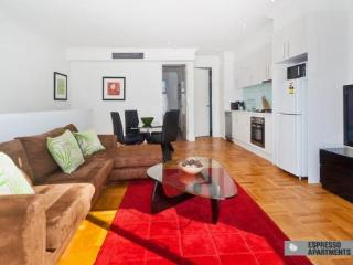 18/293-295 Hawthorn Road, Caulfield, Melbourne - Melbourne vacation rentals