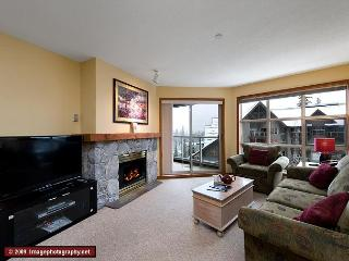 Aspens, prime ski-in, ski-out, 2 bdrm with bright pool view - Whistler vacation rentals