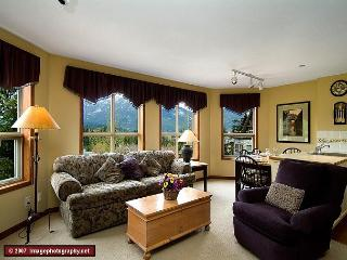 Aspens, prime ski-in, ski-out 1 bdrm end unit with spectacular ski hill view - Whistler vacation rentals