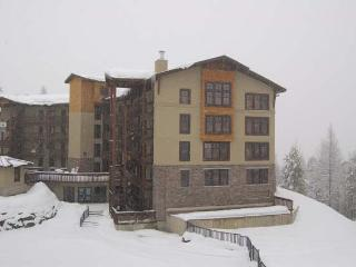 Kimberley 3bdrm Luxury Condo...Hot Tub & Pool! - Invermere vacation rentals