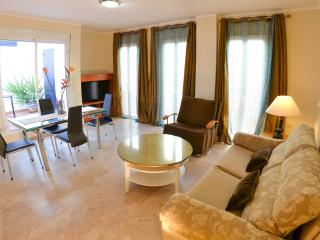 CITY CENTRE Apts for 1 to 6 Guests LCD & FREE WIFI - Seville vacation rentals