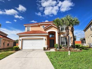 SYMPHONY VILLA: 6 Bedroom Home in Gated Resort Community with 3 Master Suites - Davenport vacation rentals