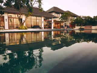 A luxury cliff top ocean view villa in Bali - Nusa Dua Peninsula vacation rentals
