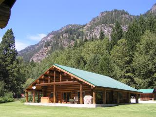 Rock Mountain Lodge - North Cascades Area vacation rentals