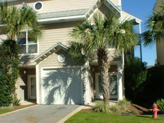 Fall dates Great Rates Close to beach Pets CP - Destin vacation rentals