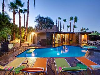 Luna Paradise ~ Come, Experience, Enjoy! - Palm Springs vacation rentals