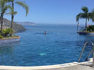 Excellent views. Pool all year. Beach & Mountain - Almunecar vacation rentals