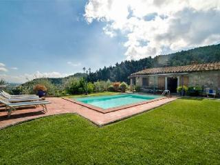 Al Mennucci- dazzling hillside views from serene garden with pool & pizza oven - Lucca vacation rentals